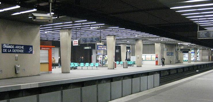 Gare La Défense RER A