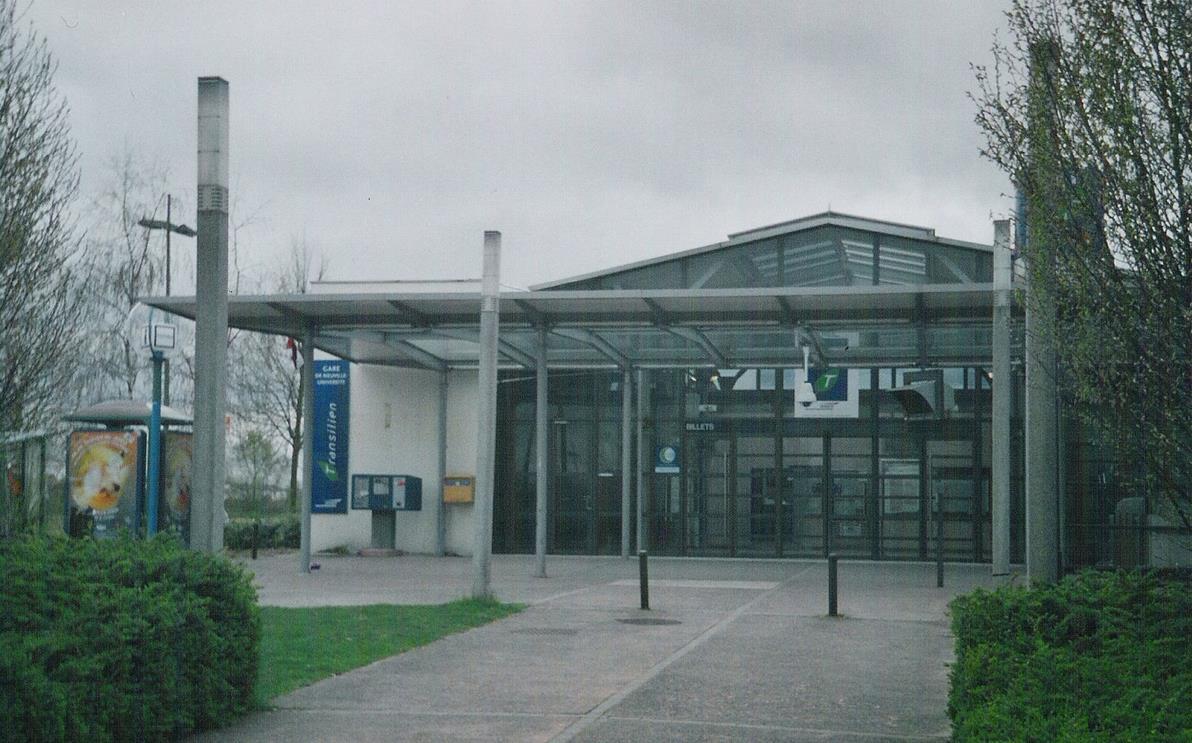 Gare Neuville-Université RER A