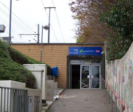 Gare Porchefontaine RER C