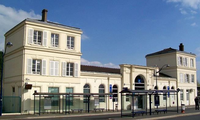 Gare Survilliers - Fosses RER D