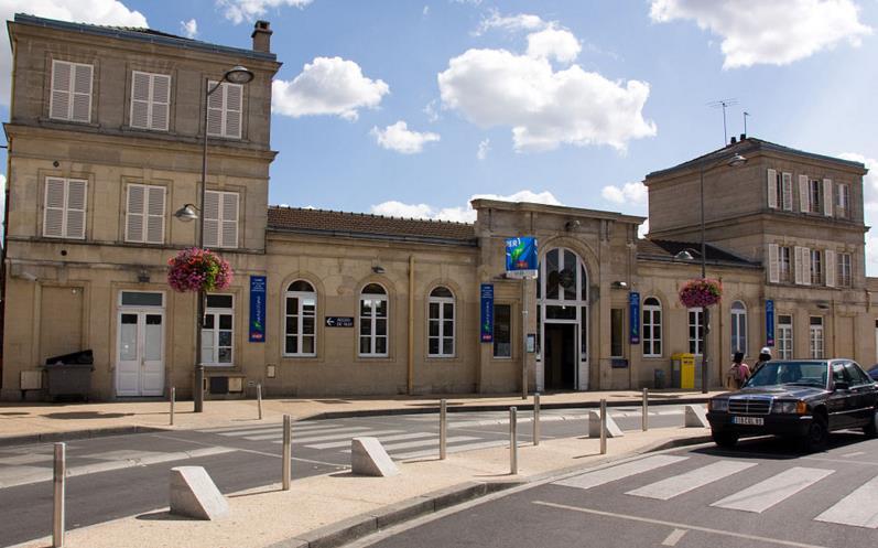 Gare Villiers-le-Bel Gonesse Arnouville RER D
